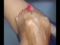 Bronx Ny chick Milking it with her limbs
