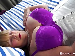 OmaGeiL Huge Granny Boobs Unexcelled Showoff and Toys
