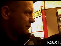 Stunning hooker gives a sizzling hot oral pleasure and handjob