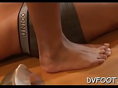 Cute beauties shows off sexy feet and slaps face hard in the matter of '_em