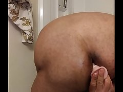 Dildoing this ass