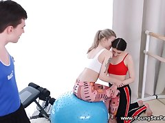 Gym is just the place to try 3some with two teens